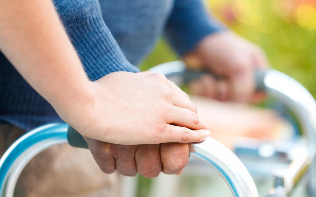 Verzweifelte Suche von Angehörigen nach guter Pflege und legaler Pflegevermittlung